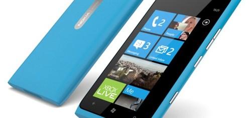 Nokia_Lumia_900_0