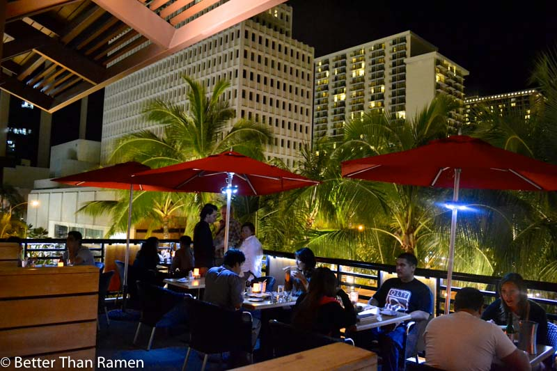 doraku sushi waikiki review patio