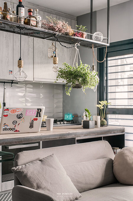 living-9-pins-apartment-in-taipei-designed-for-girls-5