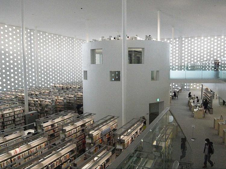 日本金澤海未來圖書館