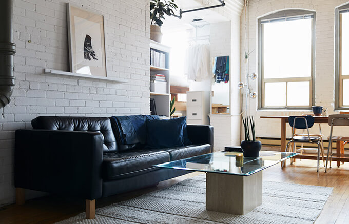 living-clever-storage-space-design-in-18-pins-apartment-1