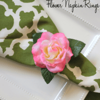 DIY Dollar Store: Flower Napkin Rings