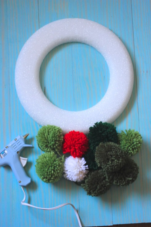Pom Pom Wreath { Be What We Love}