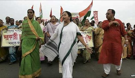 Mamata Banerjee is a street-fighting politician