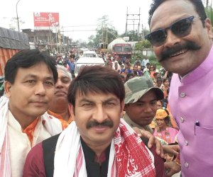 ManojTiwari-campaigns-in-Assam