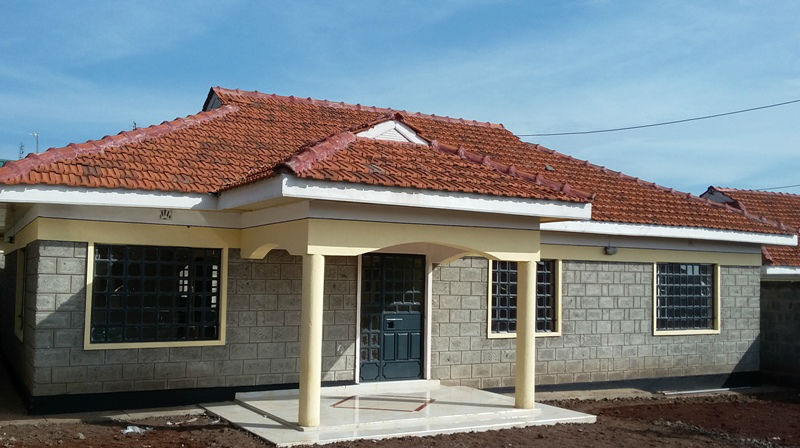 Very beautiful 3bdr bungalows biashara kenya for Roofing styles in kenya