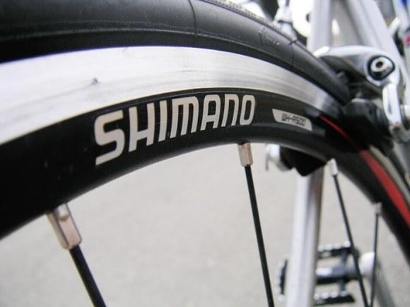 ロードバイクのリムの寿命、どの位?