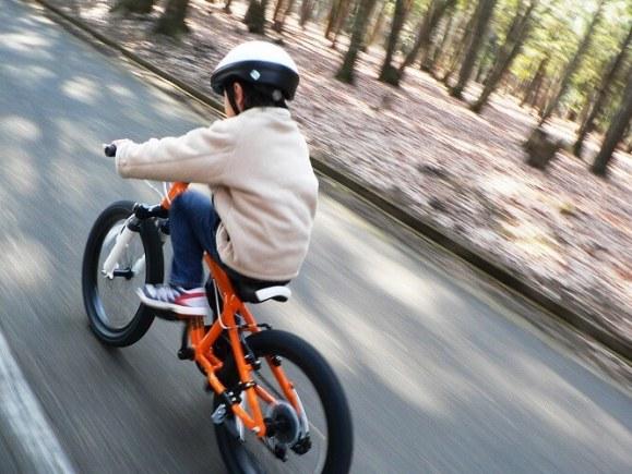 ロードバイクに乗る際は必ずヘルメットを被ろう!その必要性とは?