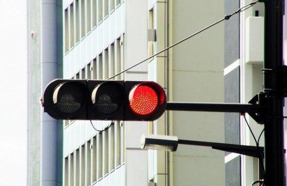 自転車の取締り強化、信号無視の違反切符がトップの理由