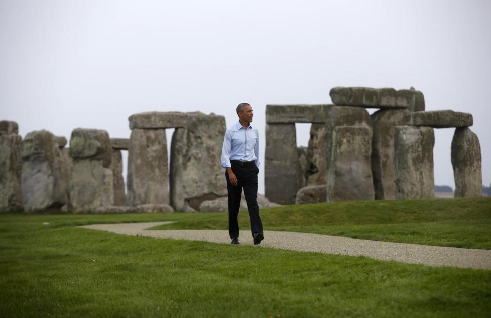 Barack Obama Visits Stonehenge, Fulfills Ancient Prophesy To Kickstart Age of Liberal Darkness