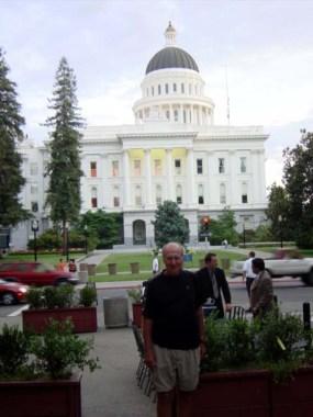 2003 Sacramento DQsPicOfJimAtStatehouse