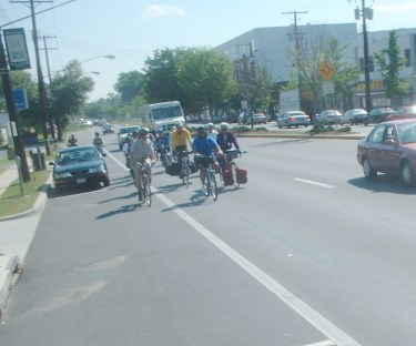 Mayor Miles and cyclists approaching Eastern Ave DC border