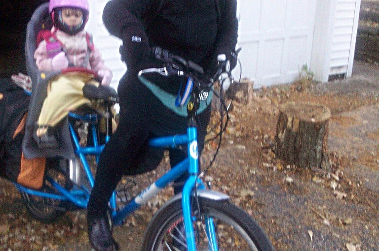 Winter bike commuting with child