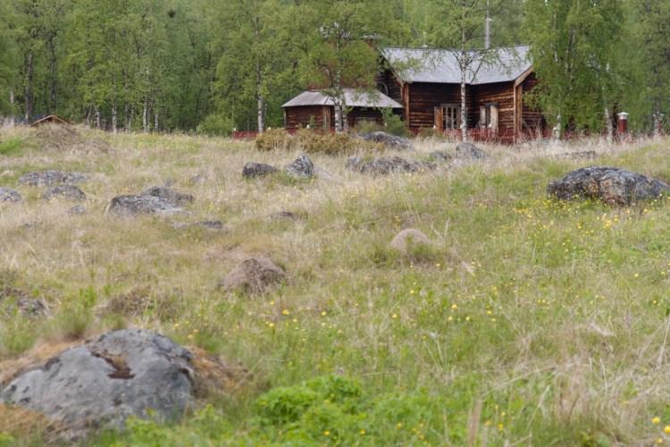 Die alte Kirche liegt etwa 5 km von Inari entfernt
