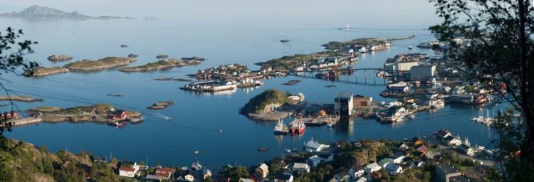 Panorama vom Svolvaer: Inseln bis zum Horizont.