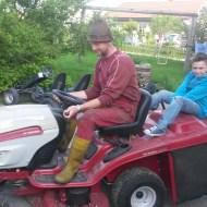 Auf zum Rasenmähen