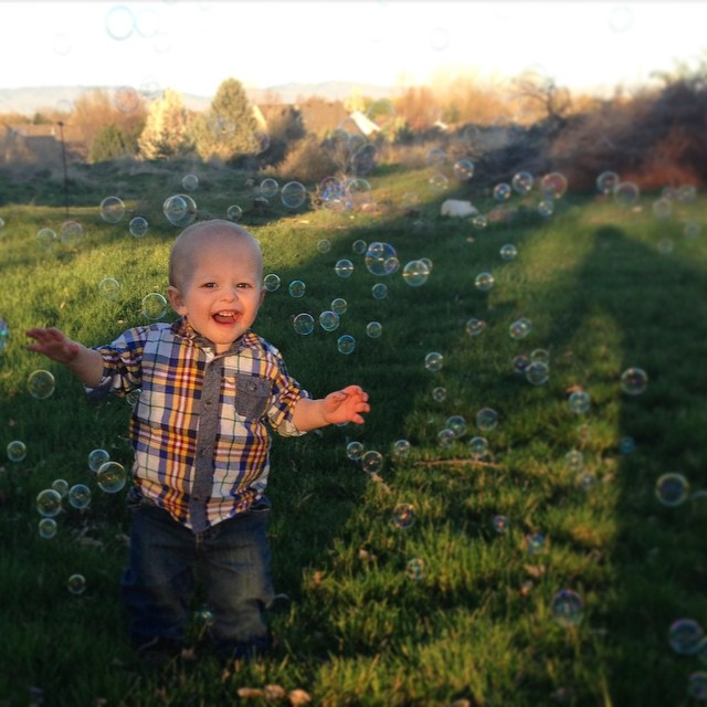 Springtime and fresh air feels so good!#childhood #finnstagram #babyjoy