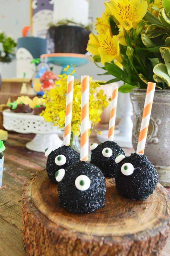 Colorful-Totoro-Birthday-Party-Cakepops