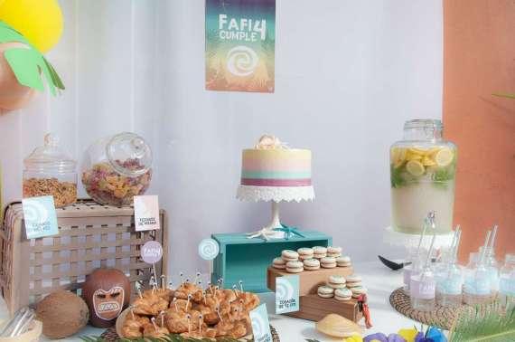 Moana-Tropical-Birthday-Party-Snack-Station