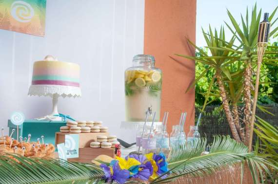 Moana-Tropical-Birthday-Party-Treat-Table