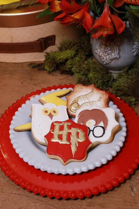 Mystical-Harry-Potter-Birthday-Party-Sugar-Cookies