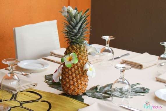 Tropical-Summer-Beach-Party-Pineapple