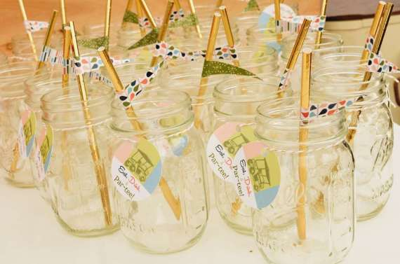 Palm-Springs-Inspired-Retro-Golf-Party-Jars