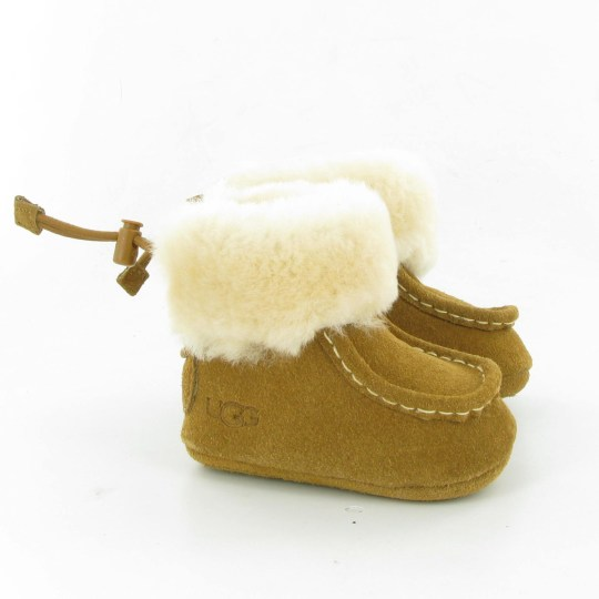UGG-GAGE-BABY-BOOT-CHESNUT01