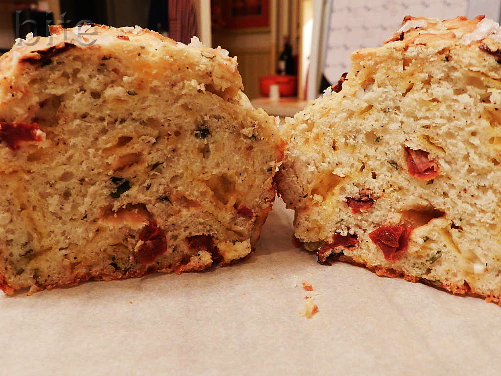Sun – Dried Tomato and Cheddar Tea Bread and serving up Italian