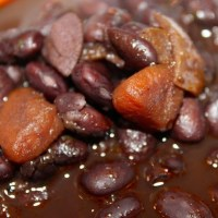 Slow cooker Dominican black beans recipe