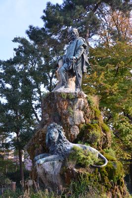 Garabaldi-Statue-in-Giardina.jpg