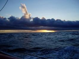 Skyen til søs på Nordsøen. Foto: Flakke