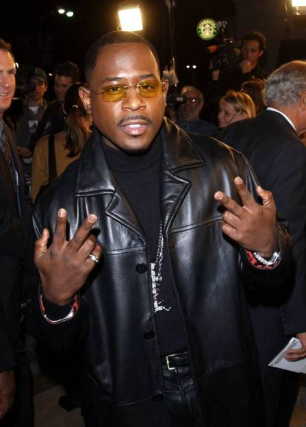 "397274 15: Actor Martin Lawrence attends the premiere of the film ""Black Knight"" November 15, 2001 in Los Angeles, CA. (Photo by Vince Bucci/Getty Images)"