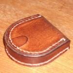 馬蹄形コインケースをレザークラフト初心者がいきなり作る方法