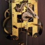 時計の部品 札幌の古道具屋で見つけた