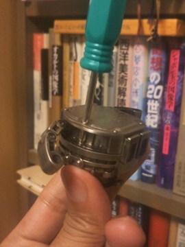TOKIMA スチームヘッド 電池交換用ネジの位置