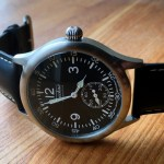 TECHNE(テクネ) スイスデザインのパイロット風腕時計
