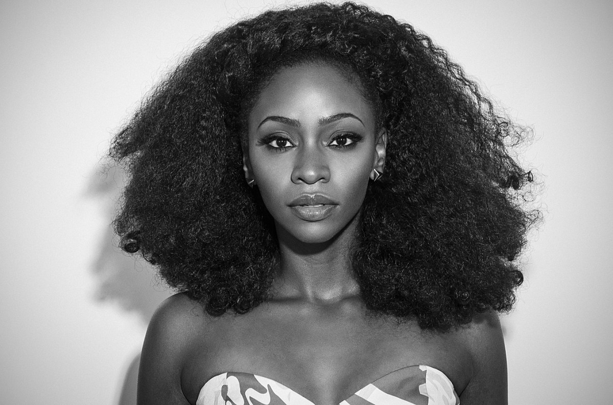 Teyonah Parris Paired a Gown with a Satin Head Wrap on the Red Carpet and CRUSHED It