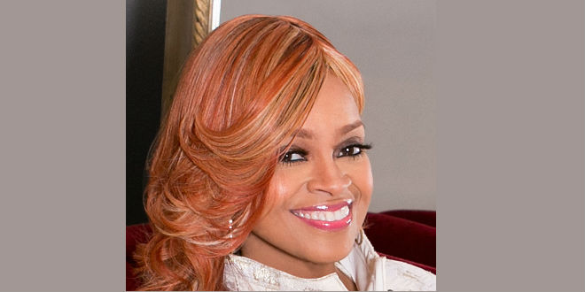 "Karen Clark-Sheard talks Festival Of Praise Tour, handling of ""the gift"" & first time meeting Fred Hammond!"