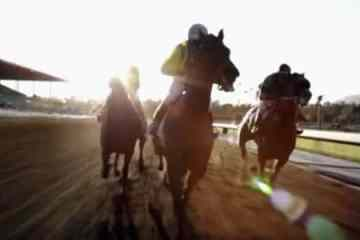 """More gorgeous horse racing on the second episode of HBO's """"Luck."""""""