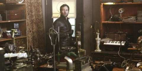 August's (Eion Bailey) identity is shrouded in fog as he searches for some magic in Storybrooke.