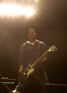 Pat Smear, featuring some fantastic backlighting