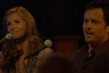 Rayna and Deacon at the Bluebird, twenty years later.