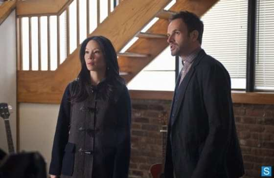 Sherlock (Jonny Lee Miller) and Joan (Lucy Liu) investigate the mysterious murder.