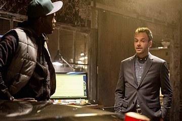 Alfredo (Ato Essandoh) confronts Sherlock (Jonny Lee Miller) about being a sponsor.
