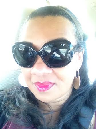 SheaMoisture LipGloss Lea REview