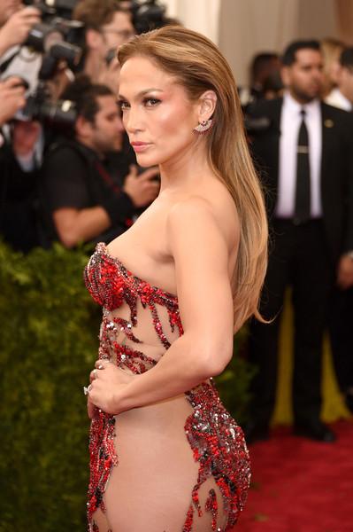 Jennifer+Lopez+China+Through+Looking+Glass+EvpqOltuDXfl