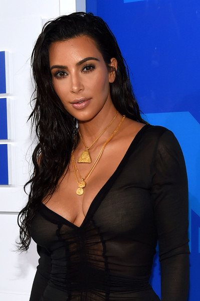 Kim+Kardashian+2016+MTV+Video+Music+Awards+lizlWtbu0gbl