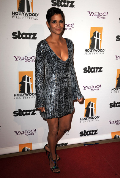 Halle Berry arrives at the 14th annual Hollywood Awards Gala presented by Starz at The Beverly Hilton Hotel on October 25, 2010 in Beverly Hills, California.