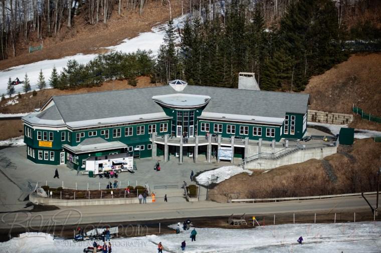 Dartmouth Skiway Lodge